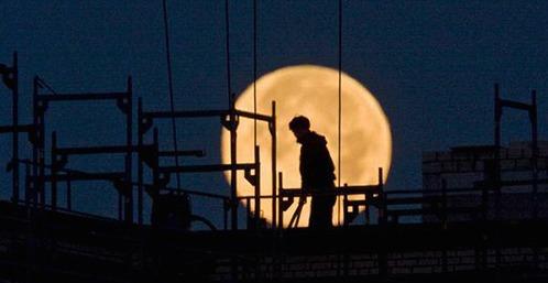 Lavoro notturno e tutela per i genitori monoparentali